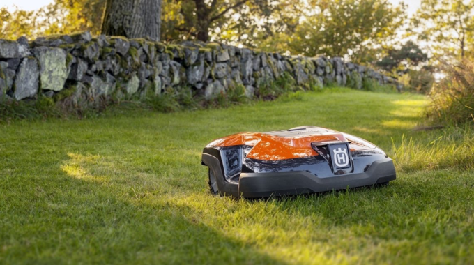 Cutting time, Cutting Costs, with Cutting Grass: Considering Automated Lawn Mowers